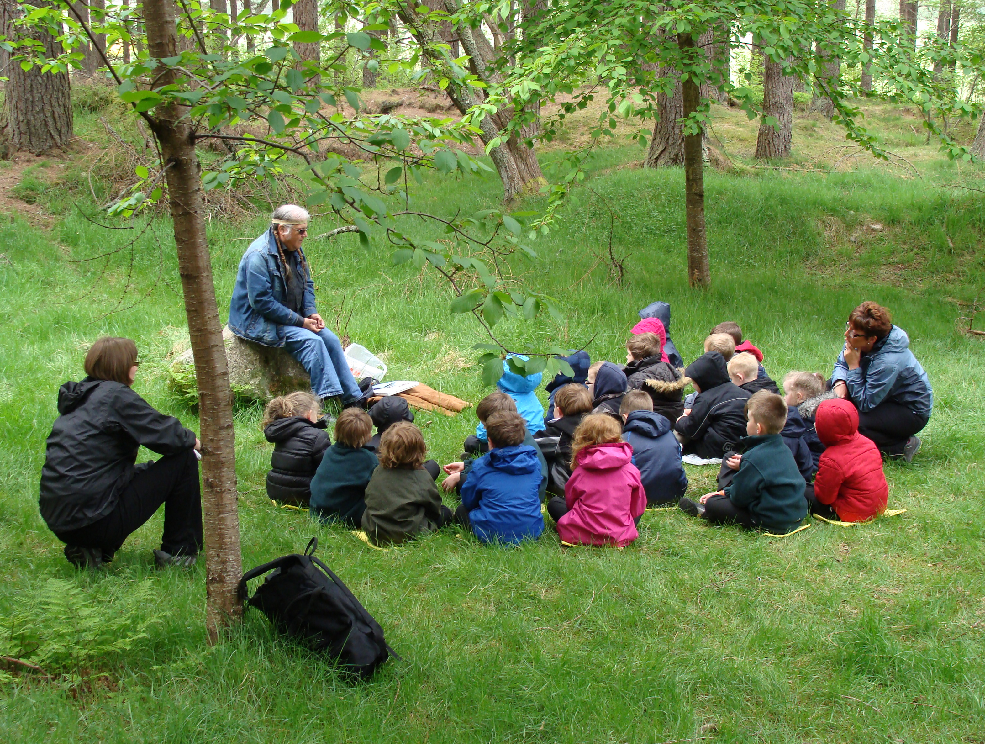 Mortlach Story Walks - Session with Native American story-teller, Chuck Warren