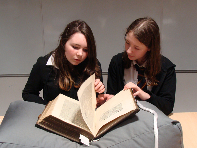 Ellon Academy: Hand To Hand - Visit to Aberdeen University Special Collections Centre